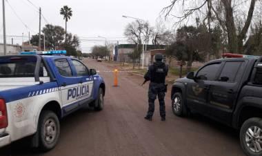 ALLANAMIENTO EN LAS VARILLAS TRAS SECUESTRO ESTUPEFACIENTES DE POLICÍA DE CÓRDOBA