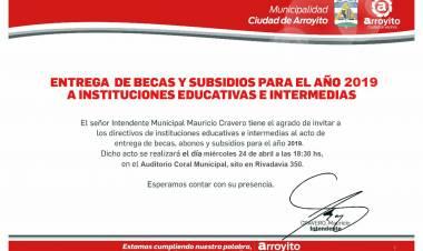 Entrega de de Becas, Abonos y Subsidios a Instituciones Educativas e Intermedias