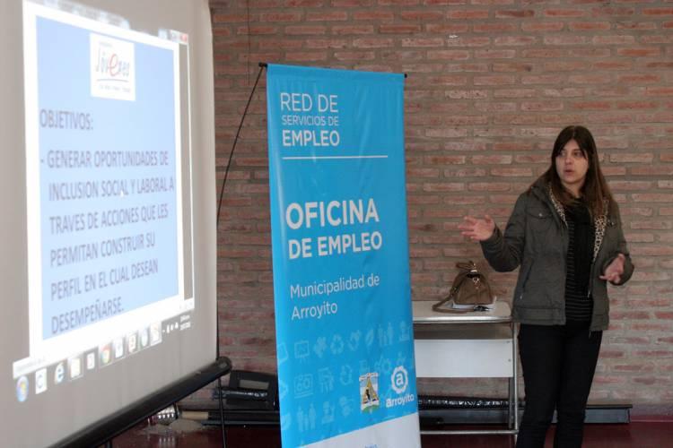 Se presentó Programa Jóvenes con más y mejor Trabajo en el IPEM 329 Arq. Osvaldo Pons